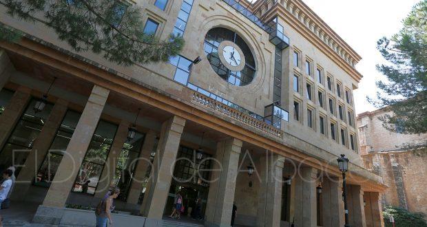 Alberto Reina se compromete a intentar convocar 33 plazas de Policía Local durante el presente 2019